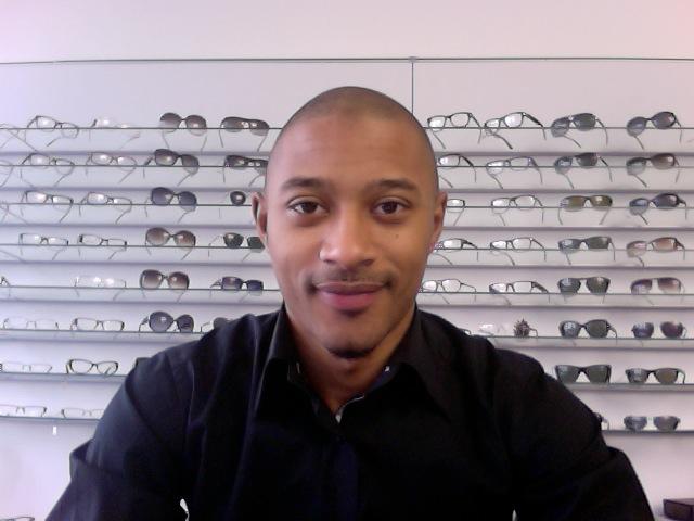 Photo Sano Sano, opticien en ligne : la compétence et le bonheur dêtre au service du client...